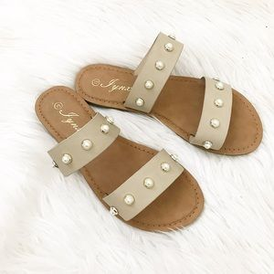 Shoes - Pearl sandals